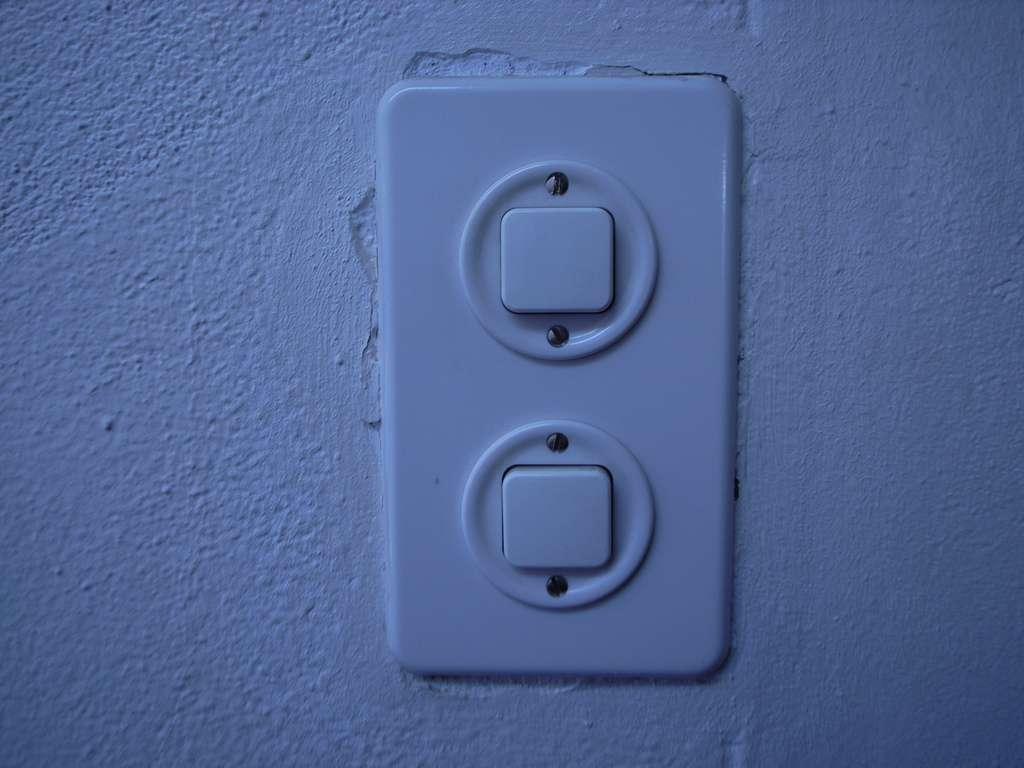 Le va-et-vient sert à faire le lien entre deux interrupteurs. © Nicolasnova, Flickr, cc by 2.0