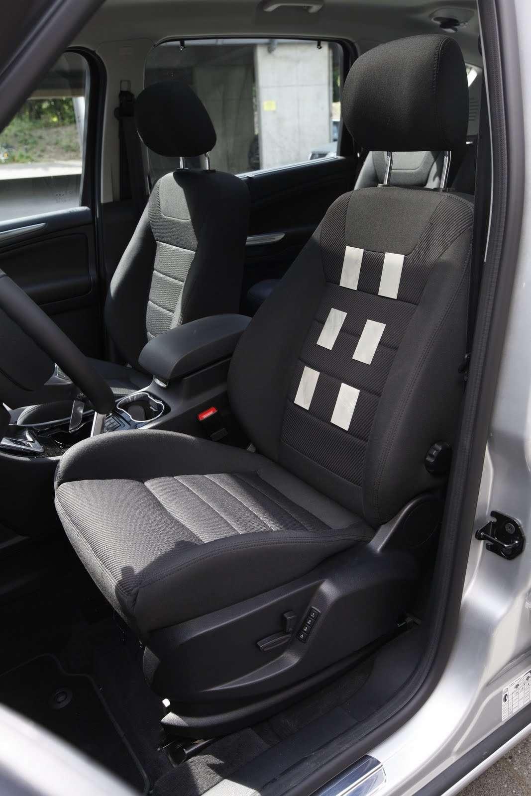 Mis au point par Ford, ce siège intelligent intègre des capteurs de pulsations cardiaques, permettant d'opérer une surveillance en temps réel du conducteur. © Ford