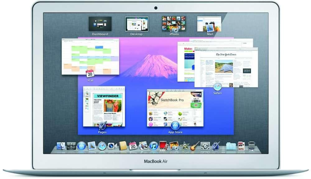Un MacBook Air avec l'OS X Lion à l'écran. © Apple