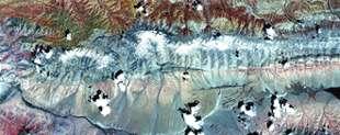 Image ASTER de la faille de Kunlun, montrant la partie de la faille à l'est de l'épicentreCrédit : NASA