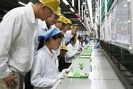 Chaîne de fabrication du XO. Crédit : OLPC.