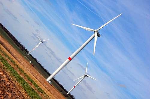 L'exploitation d'énergies renouvelables et locales comme l'éolien fait partie d'une stratégie de sécurisation de l'approvisionnement énergétique de l'UE. © NguyenDai CC by-nc-sa