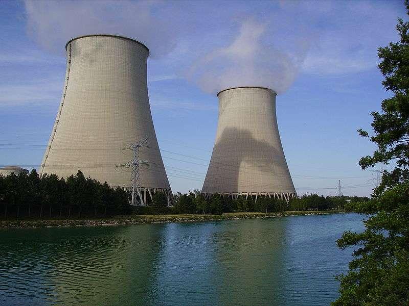 La centrale nucléaire de Nogent-sur-Seine a été investie par des membres de Greenpeace. © Cligauche, Flickr, cc by sa 3.0