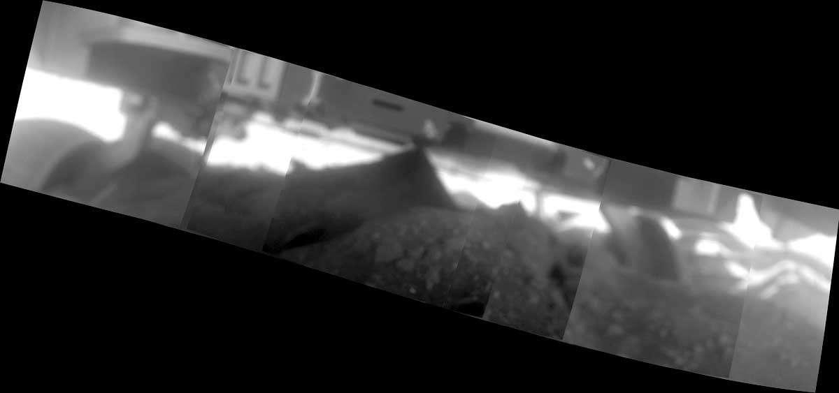 Image mosaïque prise par la caméra microscopique de Spirit. Crédit Nasa