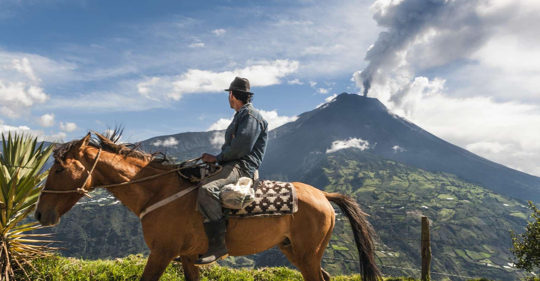 Le volcan Tungurahua s'est effondré il y a 3.000 ans. Selon des chercheurs de l'université d'Exeter (Royaume-Uni), cela pourrait se reproduire prochainement. © Kseniya Ragozina, Adobe Stock