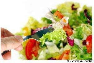 Si les compléments alimentaires peuvent être utiles, mieux vaut manger équilibré ! © Photosani/Fotolia
