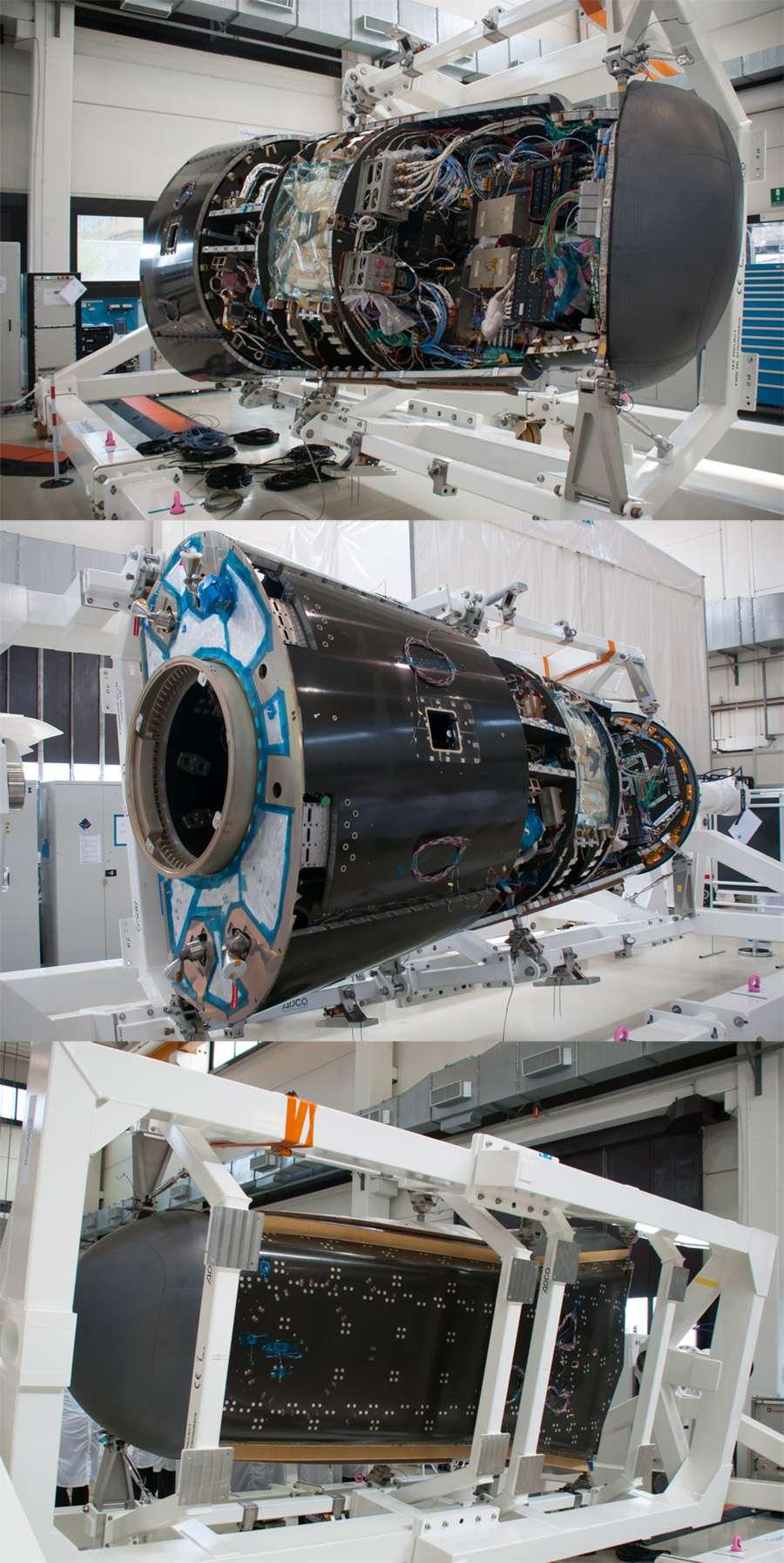 Construit par Thales Alenia Space, l'IXV se présente sous une forme oblongue. Long de 5 mètres, large de 2,2 mètres et haut de 1,5 mètre, il a une masse d'environ deux tonnes. © Rémy Decourt