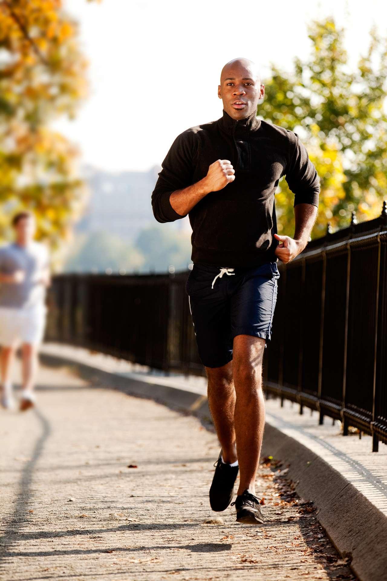 Le matin est le moment idéal pour faire du sport. © Fotolia