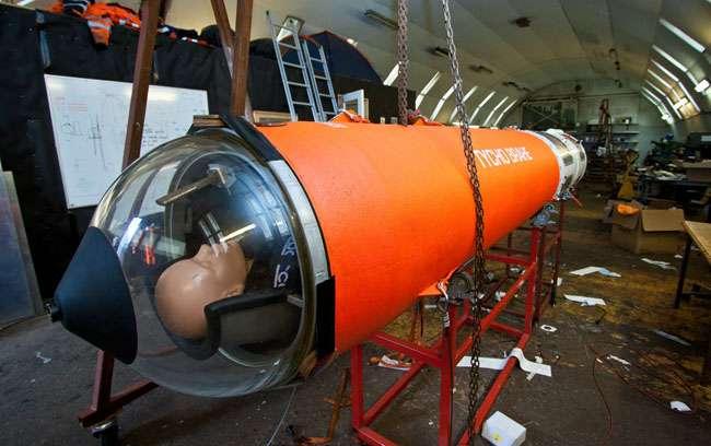 Un mannequin installé dans la capsule Tycho Brahe-1, qui prendra place au sommet de la fusée Heat-1X . L'endroit est étroit mais la vue imprenable. © Copenhagen Suborbitals