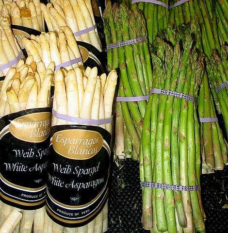 Il existe des asperges blanches, vertes ou violette. © Wikimedia Commons