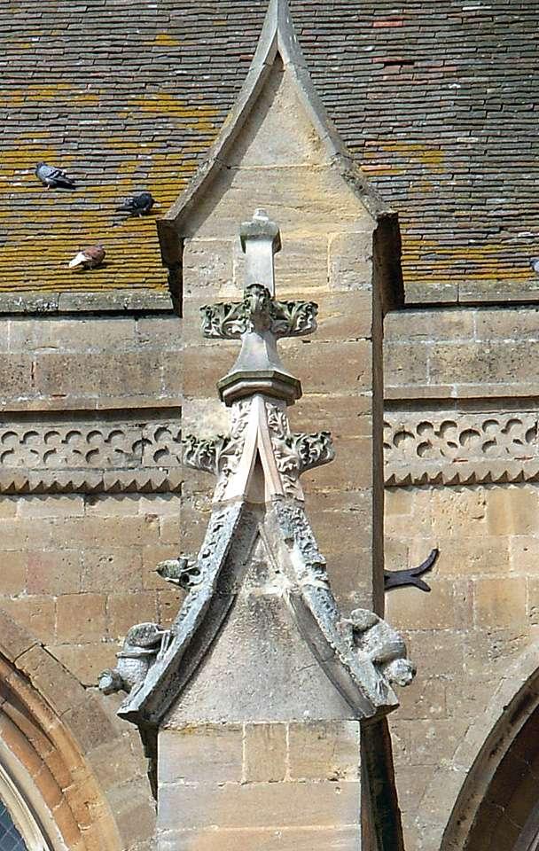 Le pinacle est un élément architectural et décoratif au-dessus du contrefort. © Laurent Hosansky, CC BY-SA 3.0, Wikimedia Commons