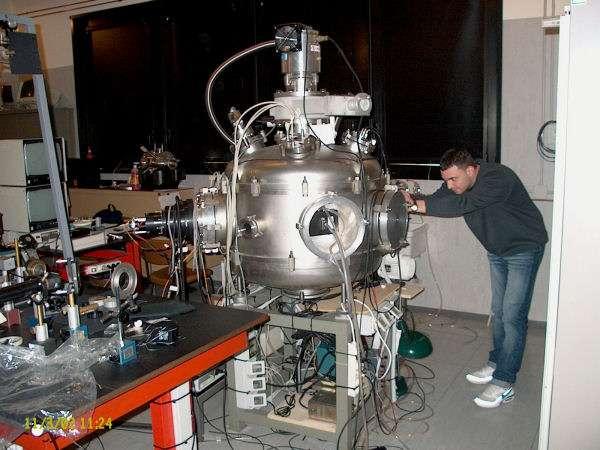 Un dispositif d'étude des interactions entre laser et plasma dans le laboratoire d'Antonio Giulietti. Crédit : The Intense Laser Irradiation Laboratoryw