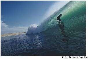 Le surf est un des sports pouvant provoquer l'apparition d'exostose. © Clichqliss/Fotolia