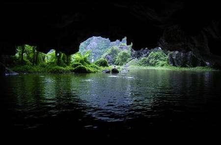 Les cavités des profondeurs peuvent raconter quelques-unes des histoires secrètes de la Terre. © DR