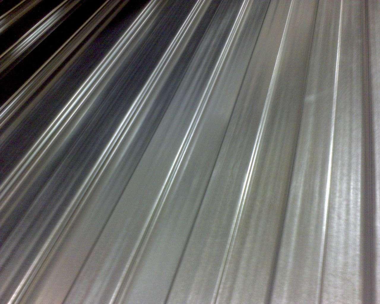 Ce profilé d'aluminium peut être utilisé pour la toiture, par exemple. La fine couche d'oxyde de l'aluminium le rend en effet résistant aux intempéries. © Rutger Middendorp, Flickr, CC by-nc-nd 2.0