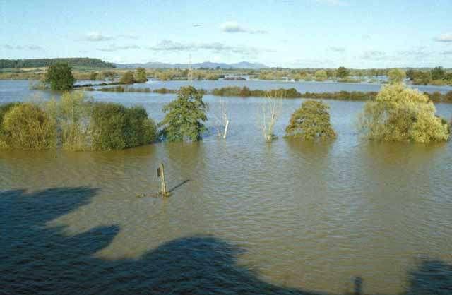 L'inondation annuelle des plaines par la Severn (Angleterre) est caractéristique du régime hydrique de cette rivière. © Mike Simms CC by-sa