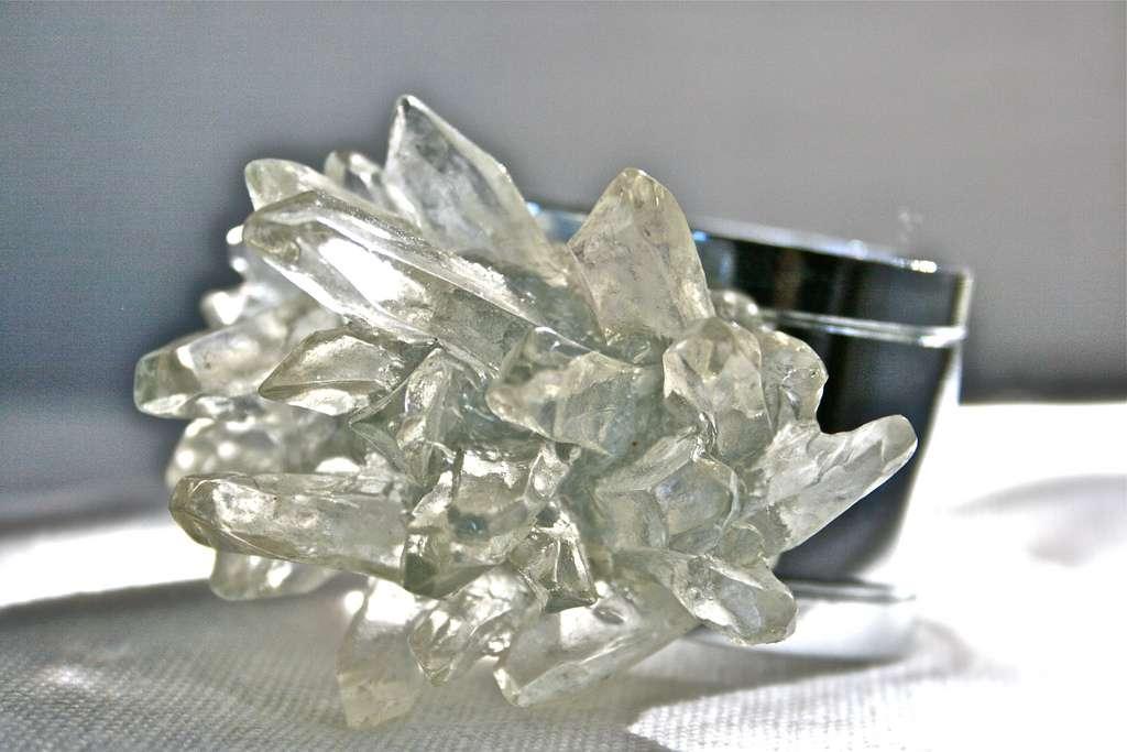 Le quartz constitue 12 % de la masse de la lithosphère, où il représente le minéral le plus commun. © KellieCA, Flickr, cc by nc nd 2.0