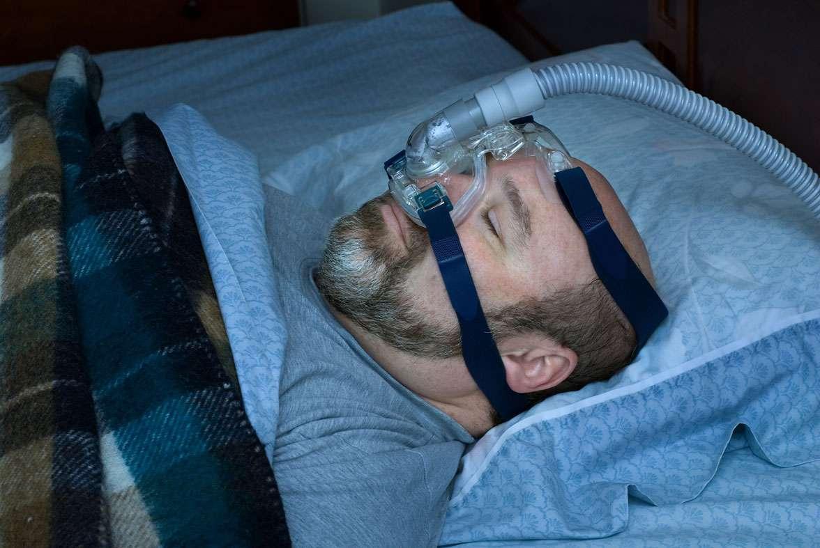 La pression continue, le traitement de référence contre l'apnée du sommeil - Source : Howard Sandler - Fotolia