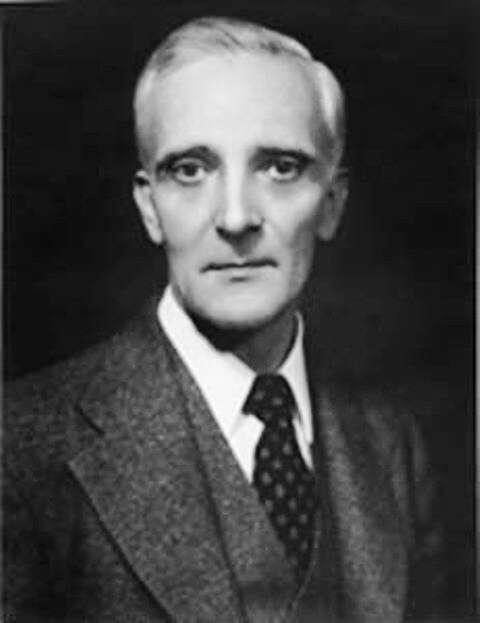 Léon Brillouin (1889-1969), physicien franco-américain, a été un des pionniers de la théorie quantique des solides et de la théorie de l'information. © AIP Emilio Segrè Visual Archives