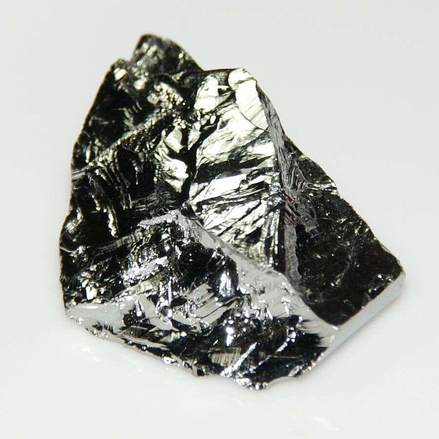 Le germanium est un métalloïde gris-blanc. C'est l'un des rares éléments dont le volume augmente lorsqu'il passe de l'état liquide à l'état solide. © Jurii, Wikimedia Commons, CC by 3.0