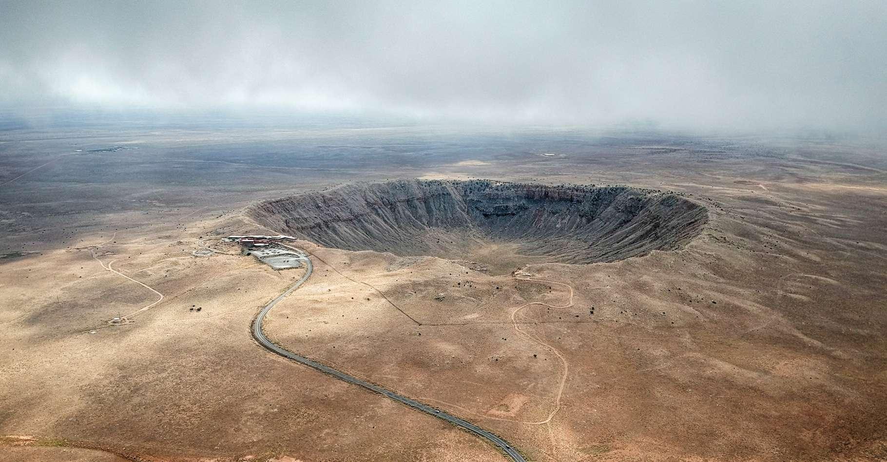 Il y a quelque 50.000 ans, la chute d'une météorite a formé un cratère – connu sous le nom de Meteor Crater - de quelque 1.300 mètres de diamètre en Arizona (États-Unis). © anderm, Fotolia