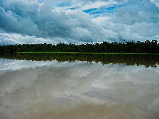 L'Amazone a un fleuve voisin, l'Hamza, à 4.000 mètres de profondeur. © Shaan Hurely, Flickr, cc by 2.0