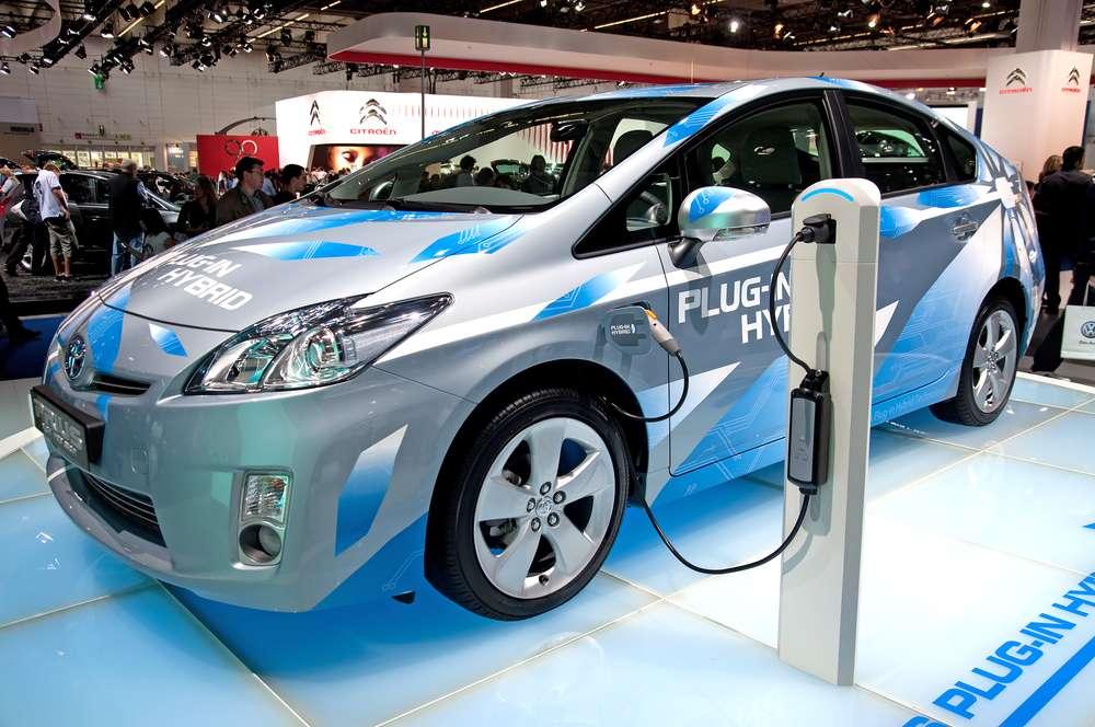 Avec sa technologie de batterie à composés organiques, la start-up israélienne StoreDot promet qu'à l'horizon 2020, un véhicule électrique pourra être rechargé en cinq minutes et parcourir 480 kilomètres. © BP63Vincent, Wikimedia Commons, CC by-sa 3.0