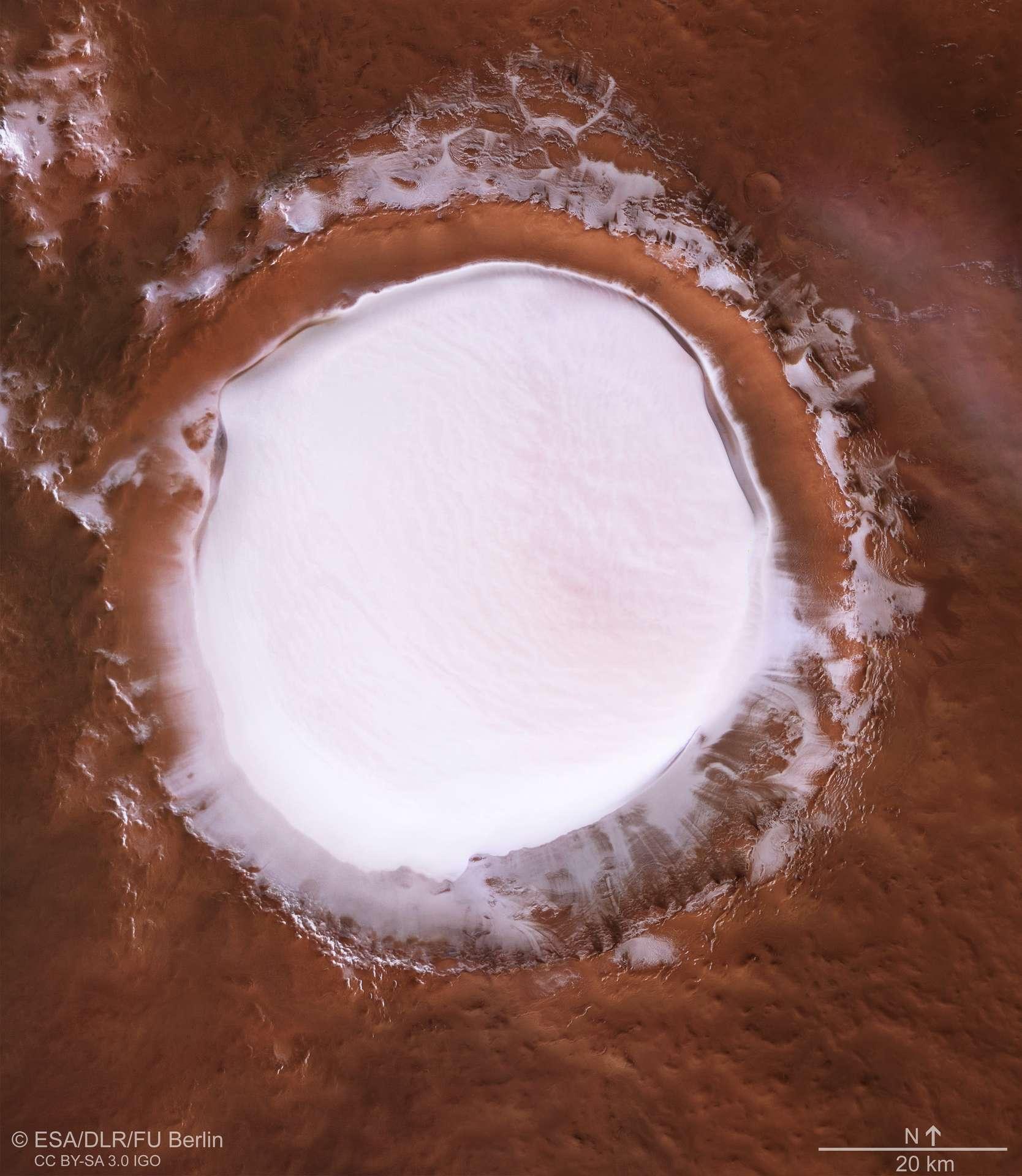 Le cratère Korolev photographié par la sonde Mars Express. © ESA, DLR, FU Berlin, CC by-sa 3.0 IGO