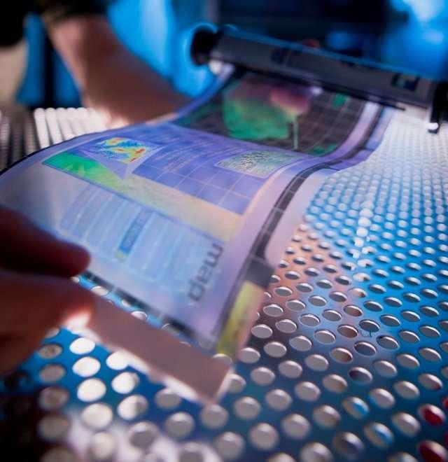 Un écran souple facile à fabriquer. Bientôt dans nos portables ? © FDC/HP