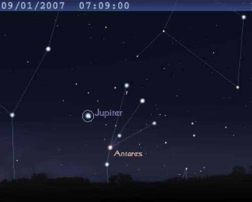 La planète Jupiter est en conjonction avec l'étoile Antarès