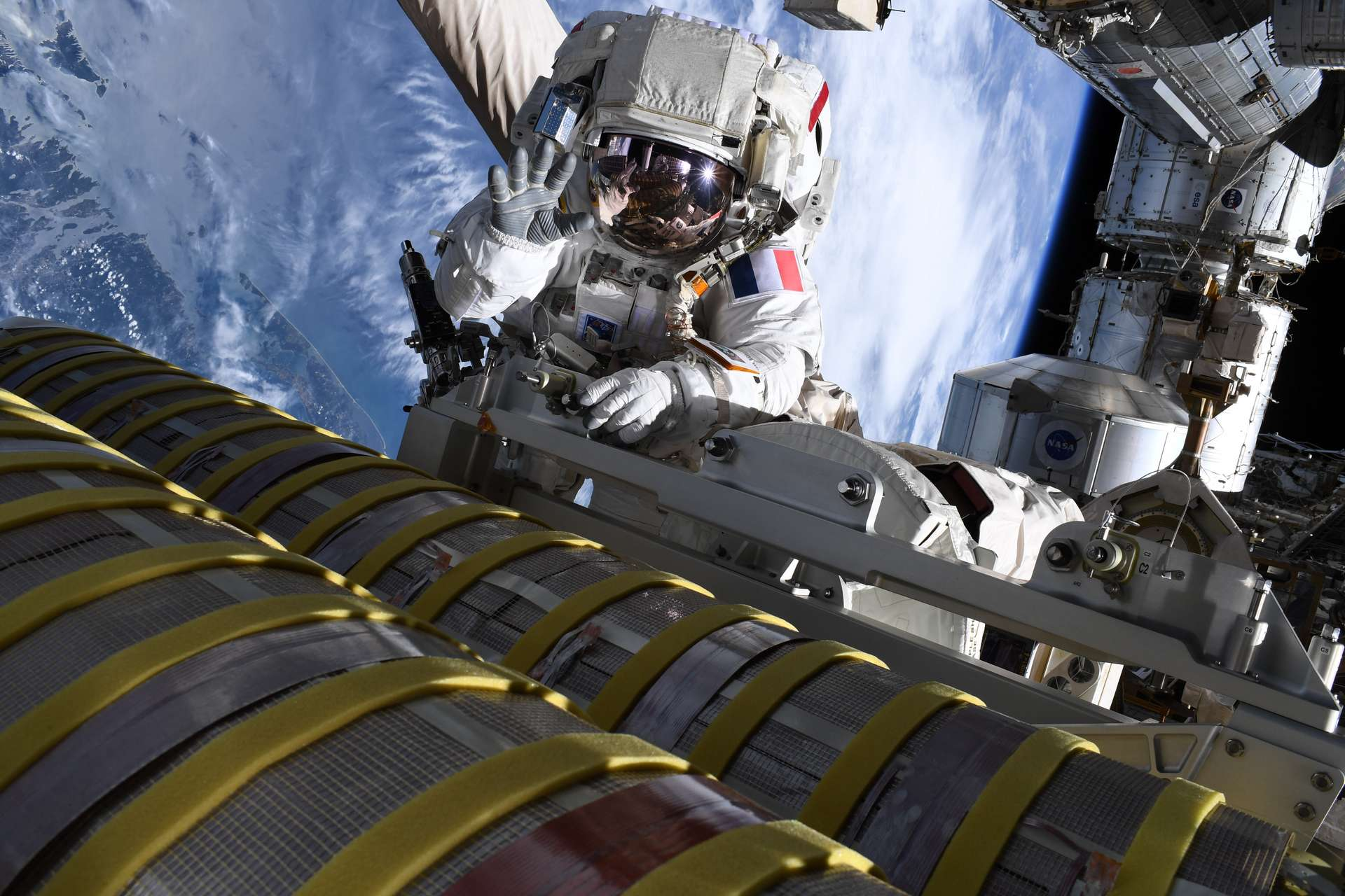 Thomas Pesquet lors de sa sortie extravéhiculaire du 20 juin 2021. © Nasa, S. Kimbrough