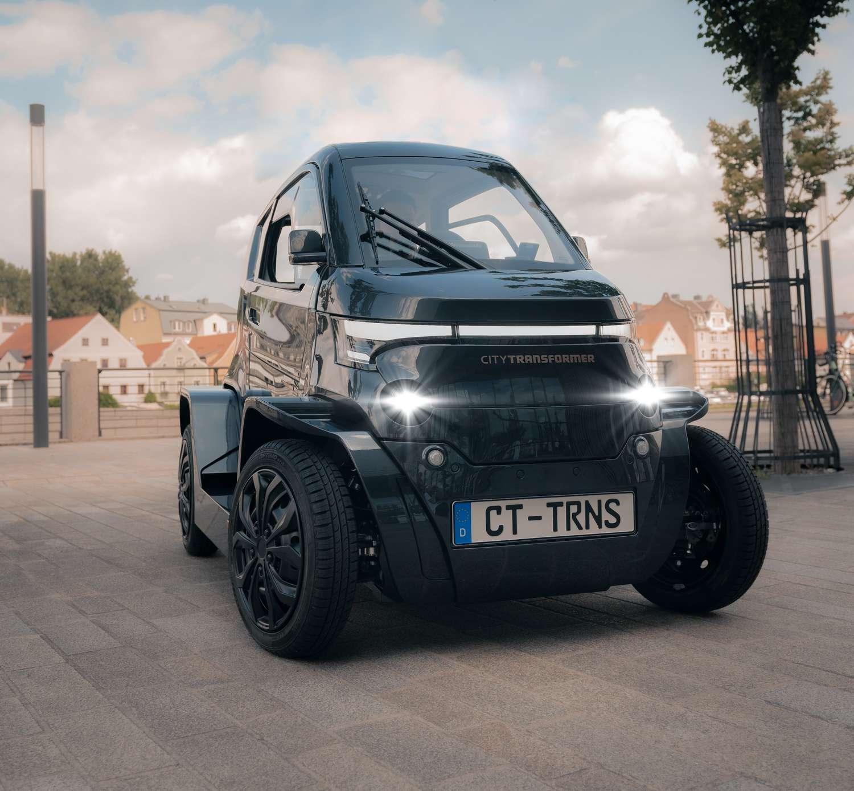 La City Transformer peut modifier sa largeur en roulant ou à l'arrêt. © City Transformer