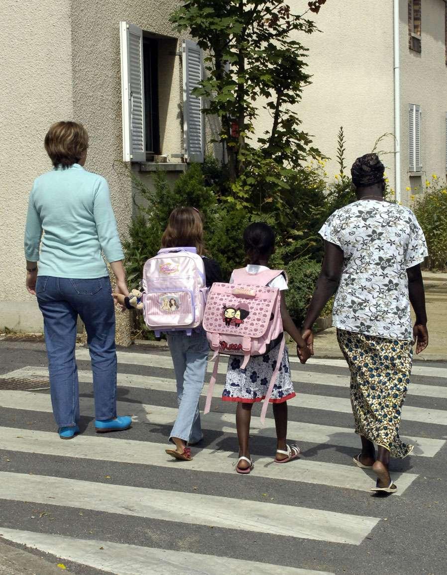 Cartable enfant - Léger et résistant - Source : PackShot - Fotolia
