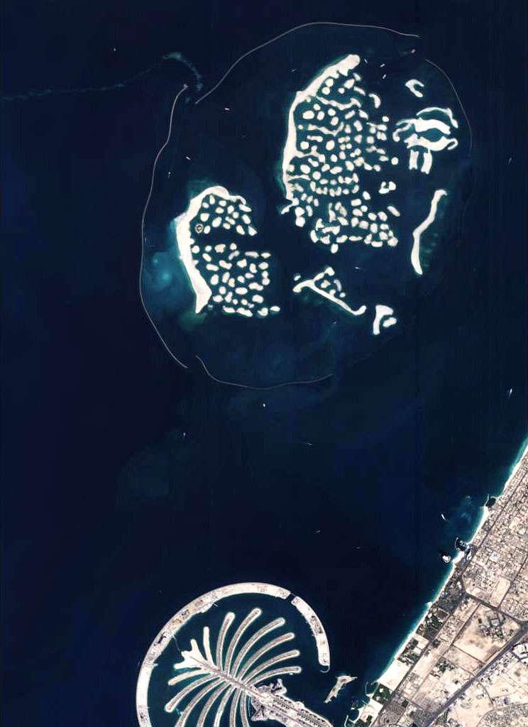 Les premières Palm Islands, au large de Dubaï. Crédit Esa
