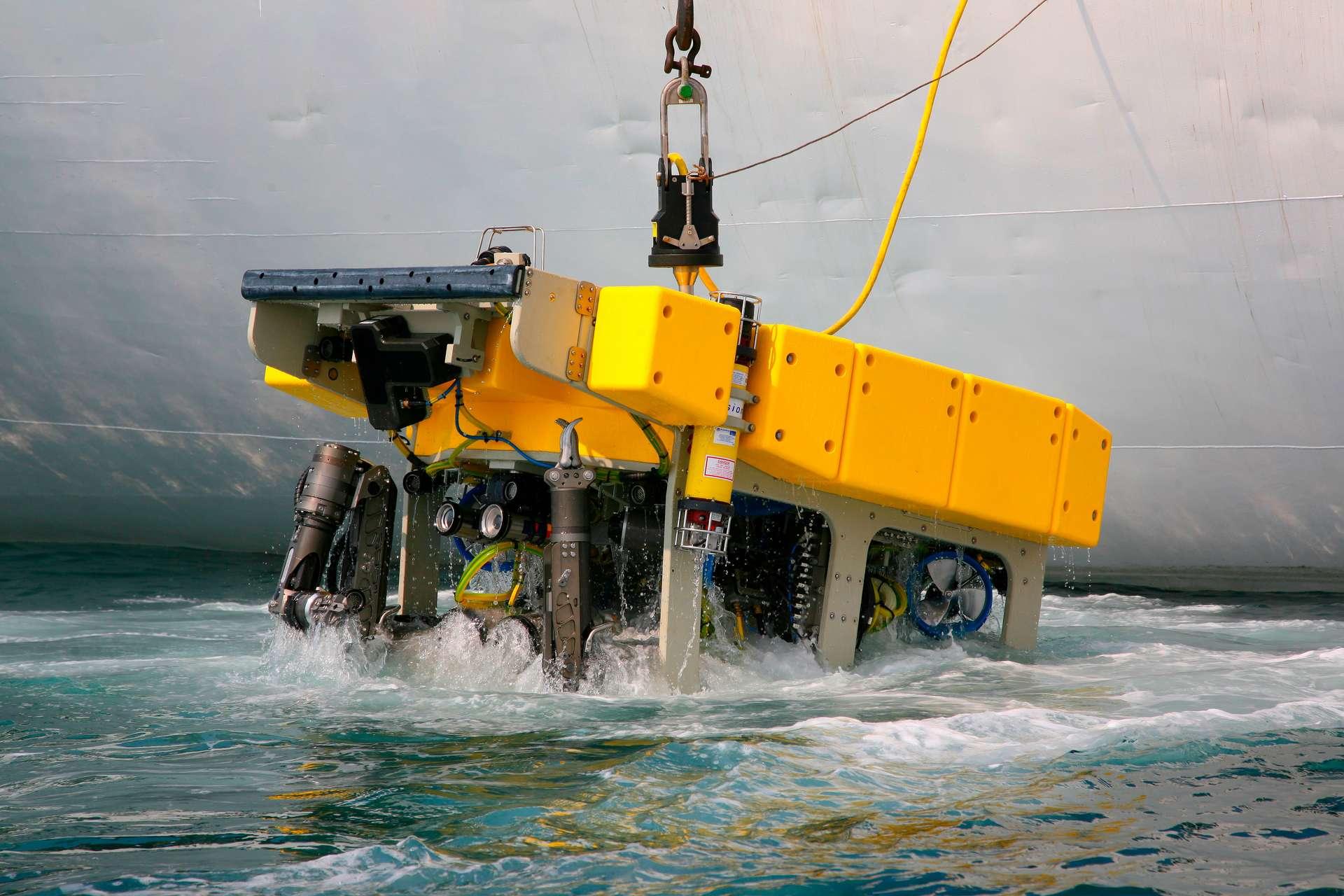 Un exemple de véhicule sous-marin téléguidé, utilisé pour explorer les profondeurs marines. © Victor Ivin, Adobe Stock
