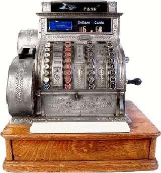 La caisse enregistreuse est un outil de gestion et de contrôle des achats depuis près de 150 ans. Elle a été mise au point la première fois en 1879 par Ritty James. © Liftarn, CC BY-SA 3.0, Wikimédia Commons