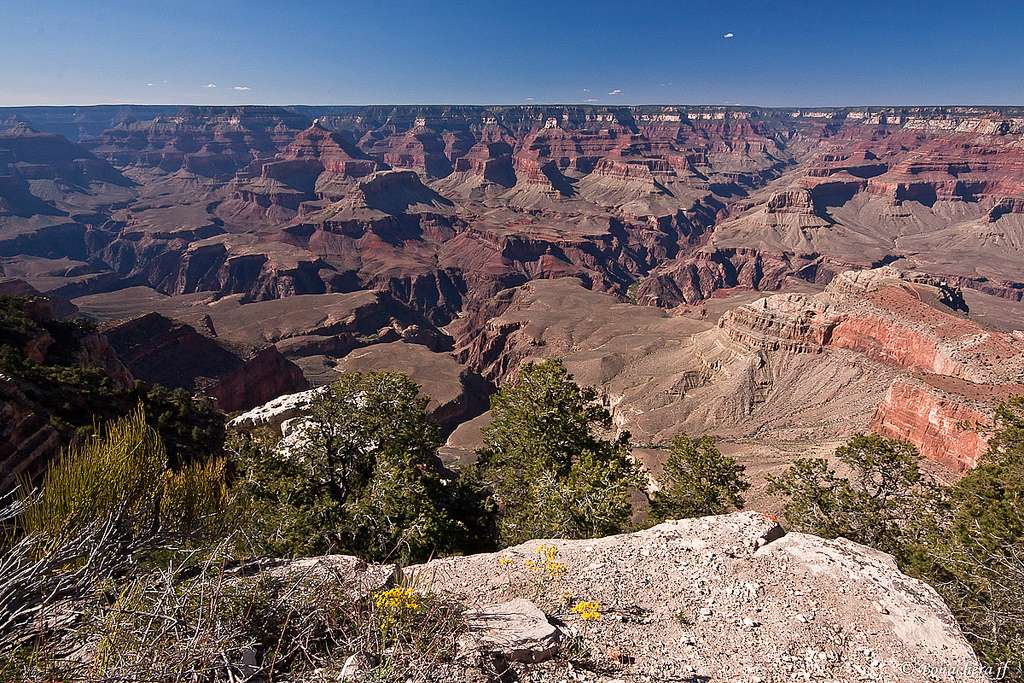 L'échelle temporelle étudiée par la géologie est particulièrement grande, puisqu'elle couvre toute l'histoire de la Terre, soit 4,55 milliards d'années. © Bonacherajf, Flickr, cc by nc nd 2.0
