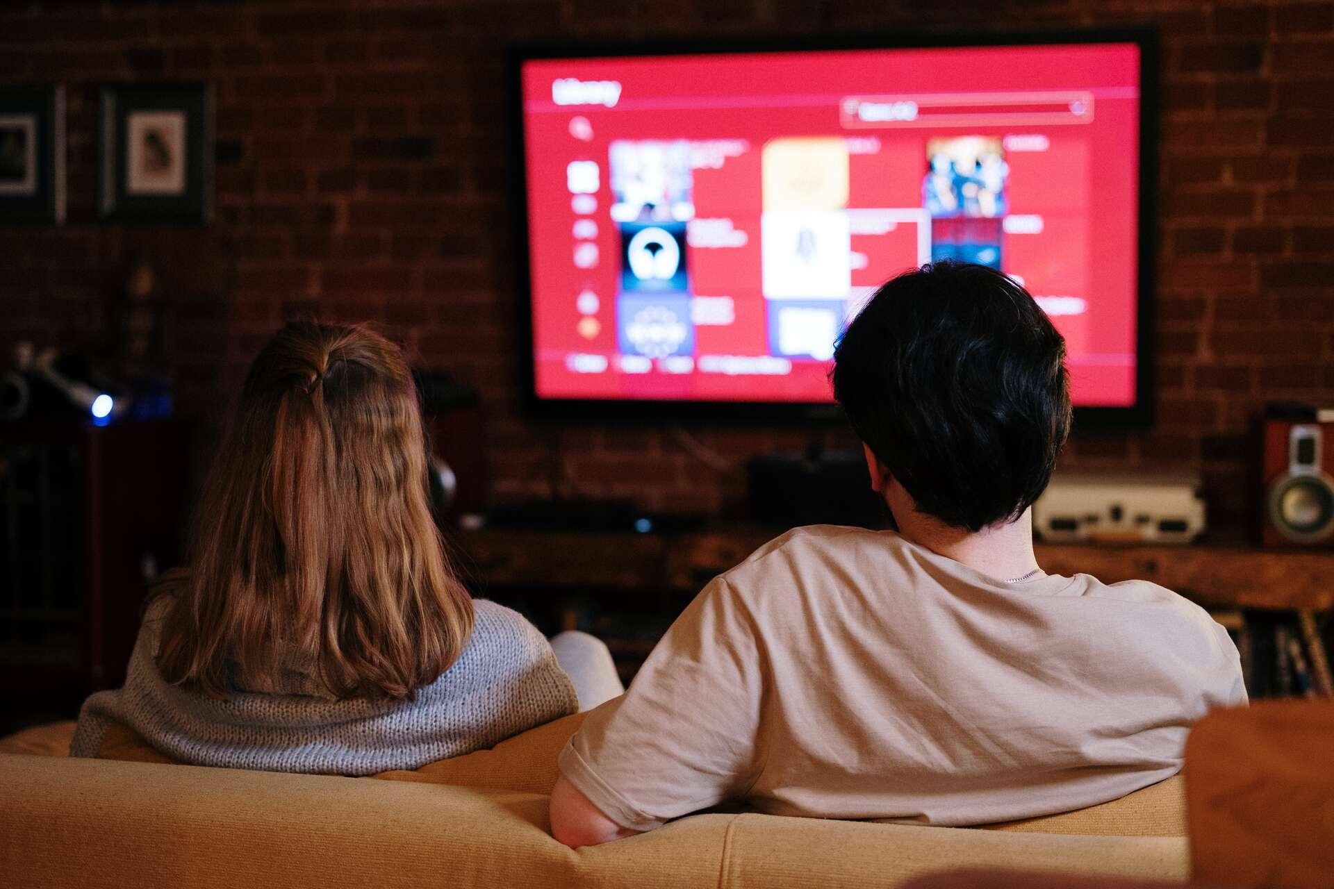Un VPN est utile pour surfer sur le Net en toute sécurité et aussi pour regarder vos séries TV en avant première. © Cottonbro, Adobe Stock