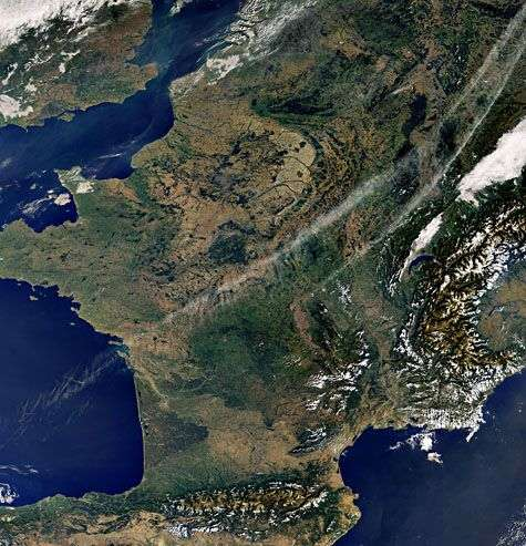 La France sans nuages, vue de l'Espace. Crédit Esa