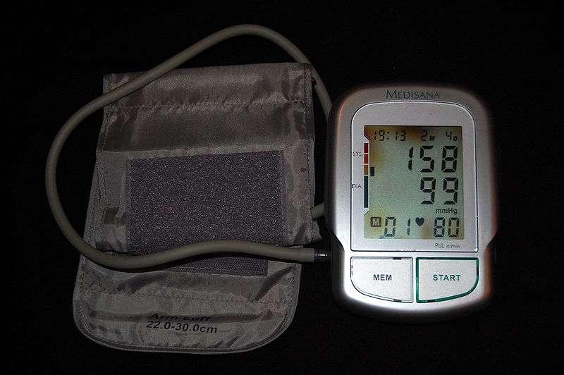 L'hypertension artérielle est caractérisée par une pression artérielle supérieure à 140-90 mmHg. © Steven Fruitsmaak / Licence Creative Commons