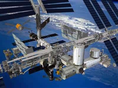 La station spatiale international (ici terminée).