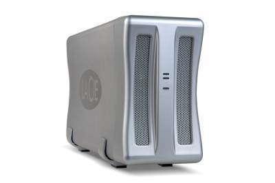 Ce double disque dur externe de luxe, fabriqué par La Cie, engrange, selon les modèles, jusqu'à 1 To (1024 Go) de données. Les deux unités internes sont utilisables en mode Raid. Baptisé Sata Raid, il est disponible avec deux interfaces, e-Sata et USB. Cr