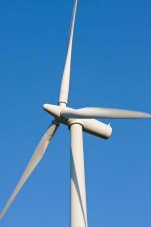 Avec 518 éoliennes de plus en 2009 qu'en 2008, la France n'est plus très loin de sa 3.000e éolienne. © Jakub Pavlinec