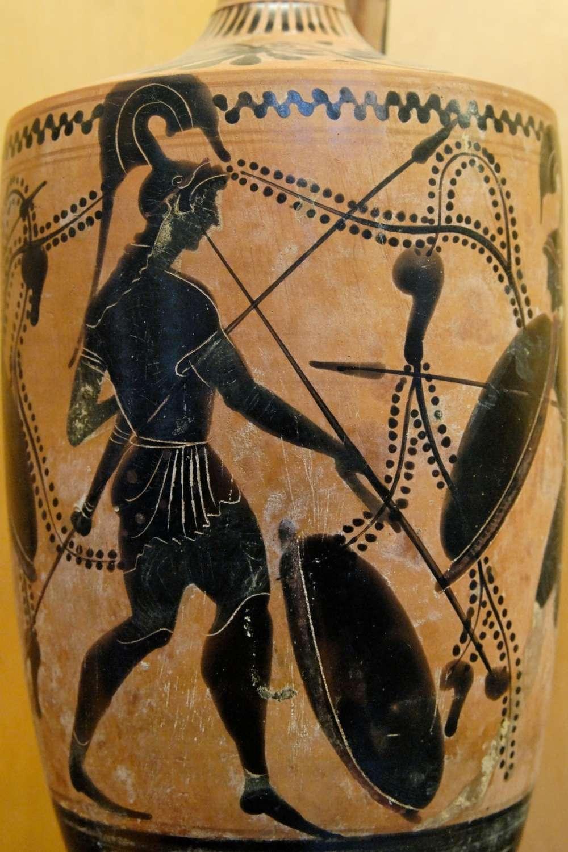 Un hoplite sonne la salpinx... Dessin gravé sur un lécythe attique (vase à huiles parfumées), fin du VIe siècle ou début du Ve siècle av. J.-C. © Wikimedia Commons