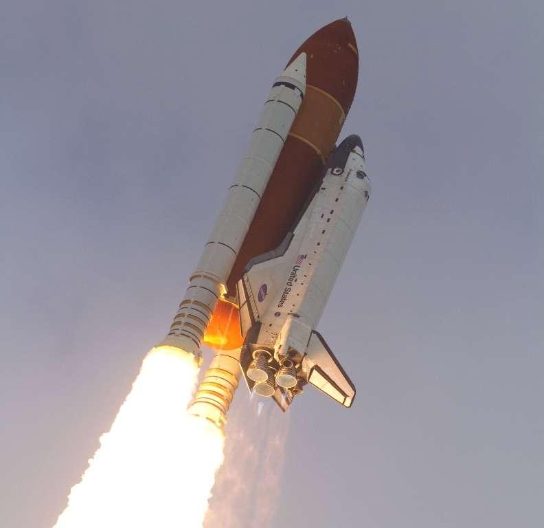 La navette Endeavour lors de son décollage le 16 mai 2011. © Nasa