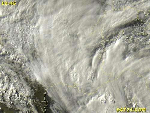 Une image satellite de la couverture nuageuse au-dessus du Sud-Est de la France le 15 juin 2010, publié sur Sat24.com