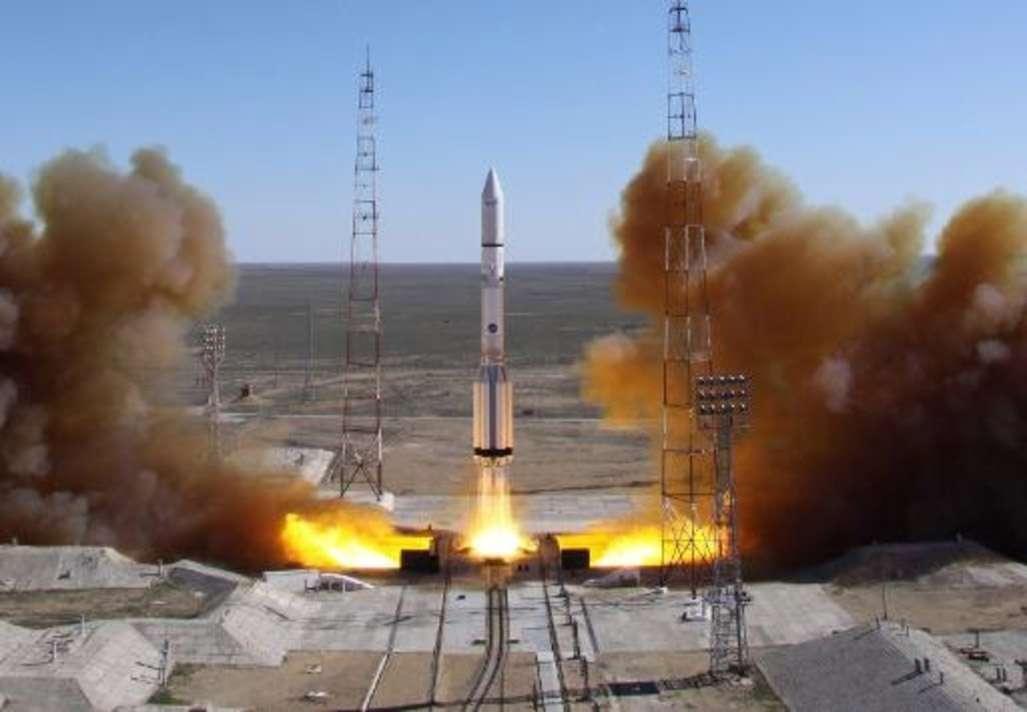 Un Proton au décollage depuis le cosmodrome de Baïkonour. © Roscosmos