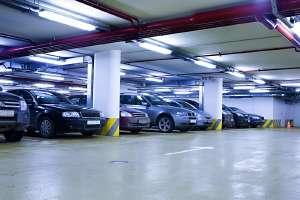 A Paris, 700 stations Autolib' seront disponibles, dont 500 en surface et 200 hors-sol. © Gravicapa