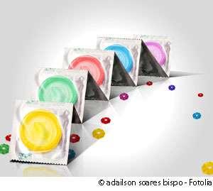 Il existe des préservatifs de toutes sortes. Choisissez bien celui qui vous convient ! © adailson soares bispo, Fotolia