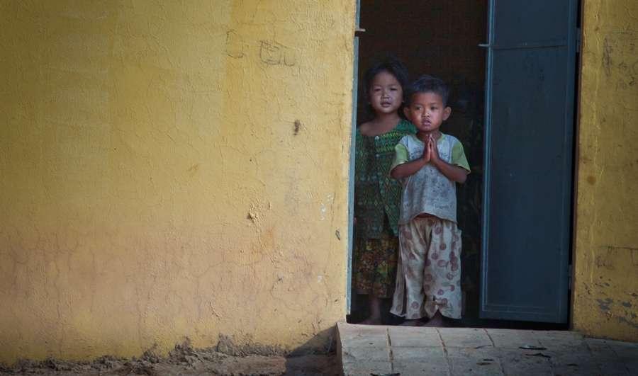 Avec un taux de mortalité de 98,4 % constaté pour le moment chez les enfants, cette maladie inconnue inquiète forcément les autorités sanitaires mondiales. La cause restant encore indéterminée, il est impossible d'estimer sa capacité de contagion. © Daviv Lonqstreath, Irin